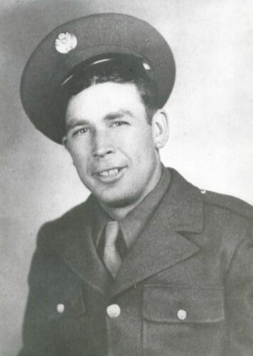 Earl K. Plummer - Dear Earl K. Plummer, thank you very, very, very much for helping to liberate Europe during the Second World War, you are great, RIP - photo source: Fields of Honor (database): A Face to Every Name